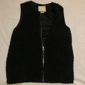Wilfred Black Vest Jacket